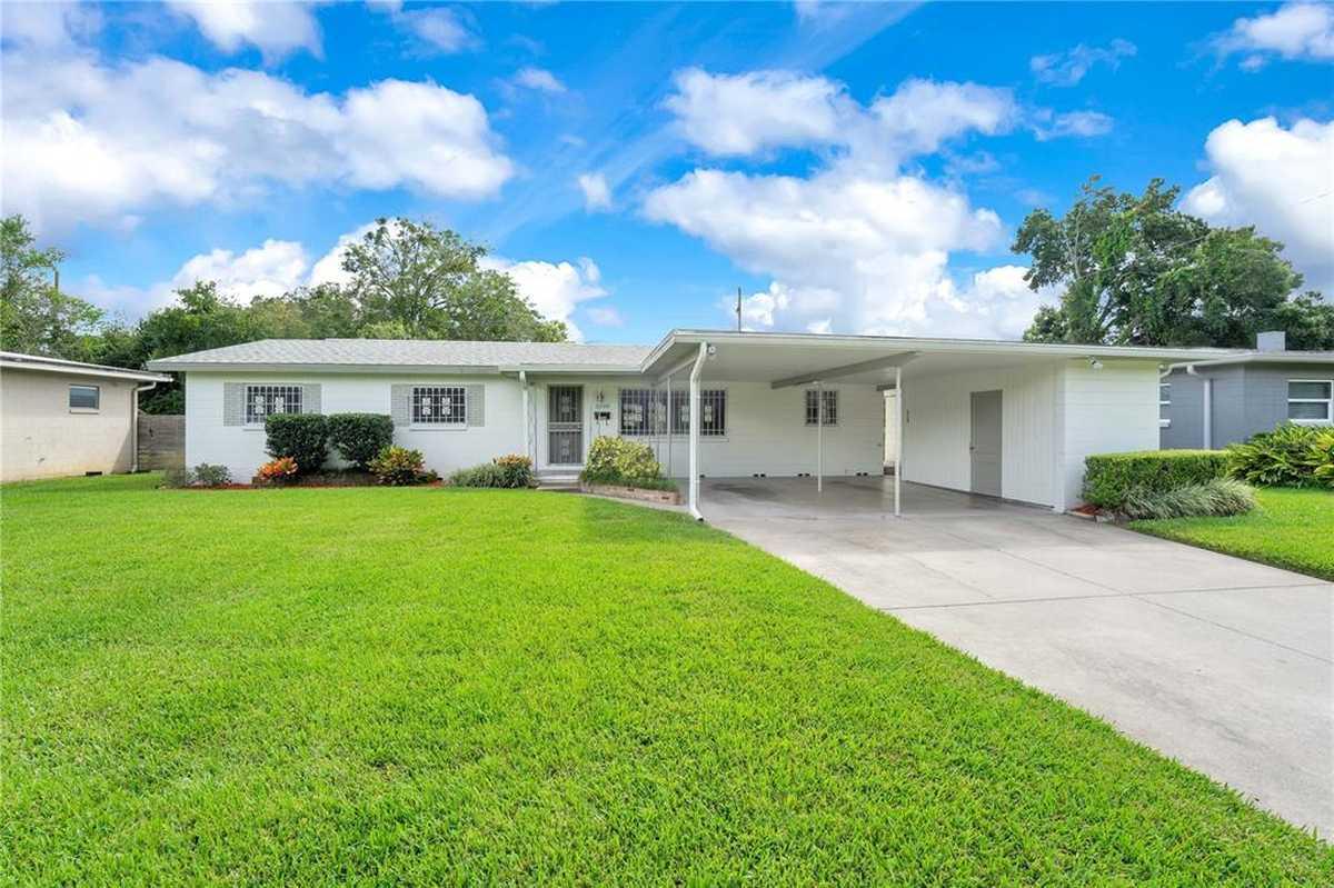 $434,900 - 3Br/2Ba -  for Sale in Renae Terrace, Orlando