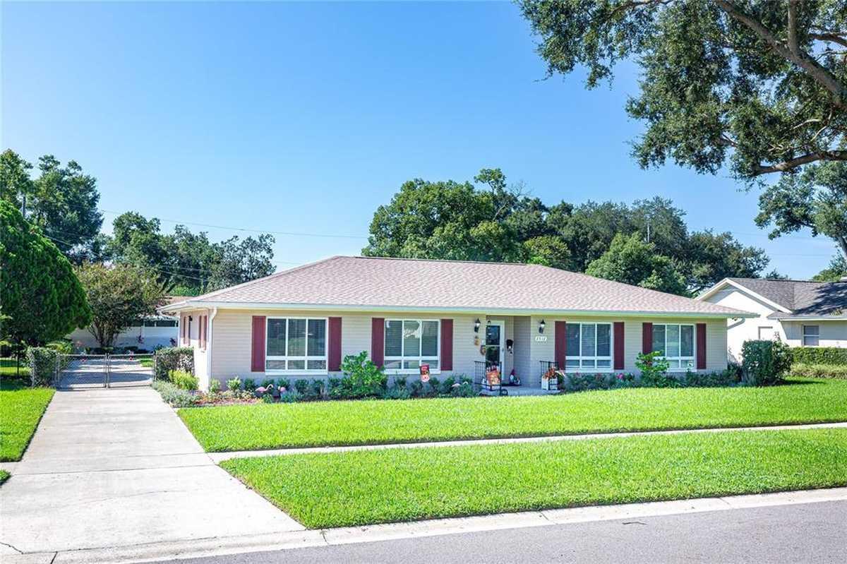 $439,000 - 3Br/2Ba -  for Sale in Lake Margaret Manor Sec 03, Orlando