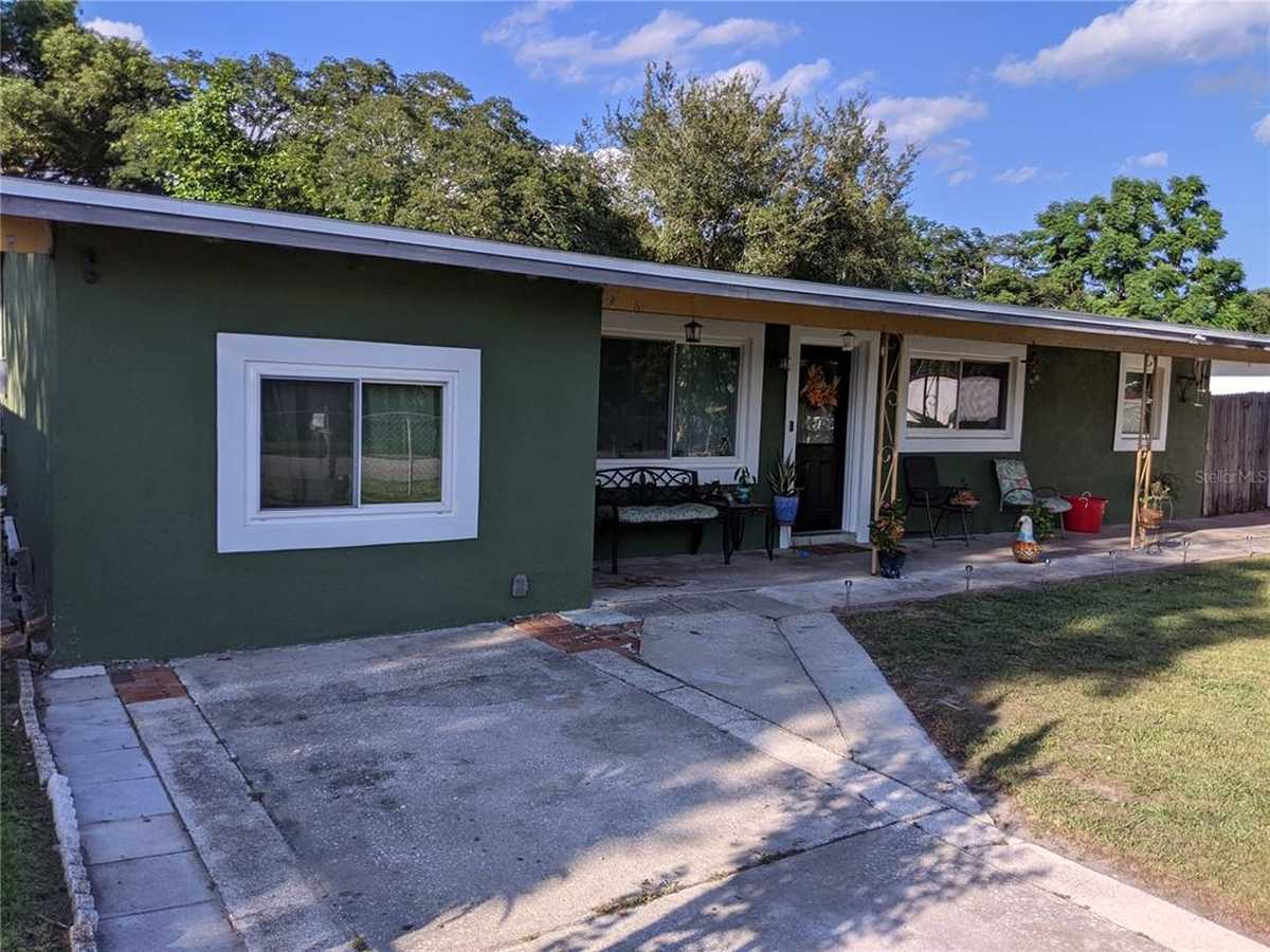 $279,990 - 3Br/1Ba -  for Sale in Swann Lake Manor, Orlando