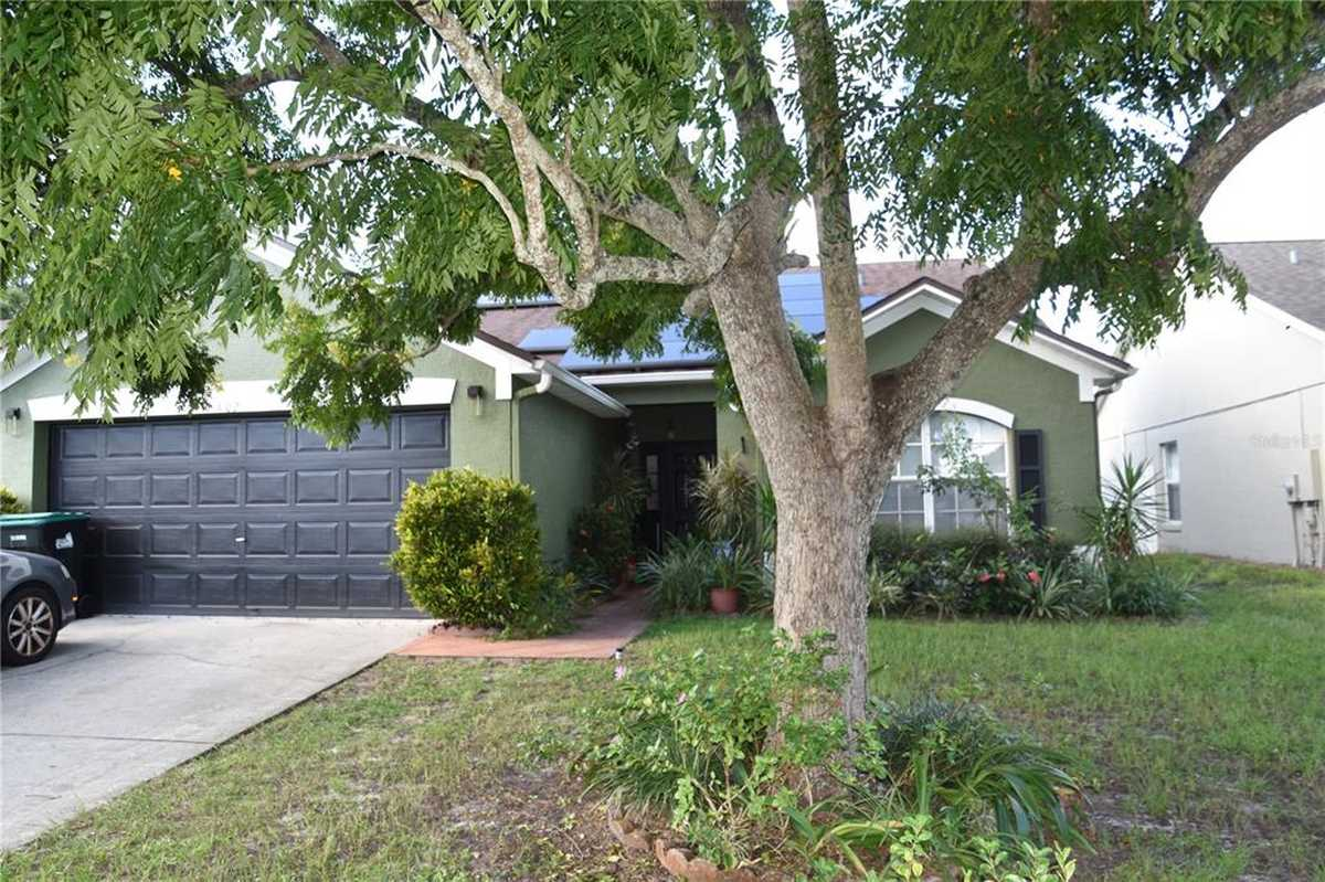 $339,990 - 3Br/2Ba -  for Sale in Valencia Pointe, Orlando