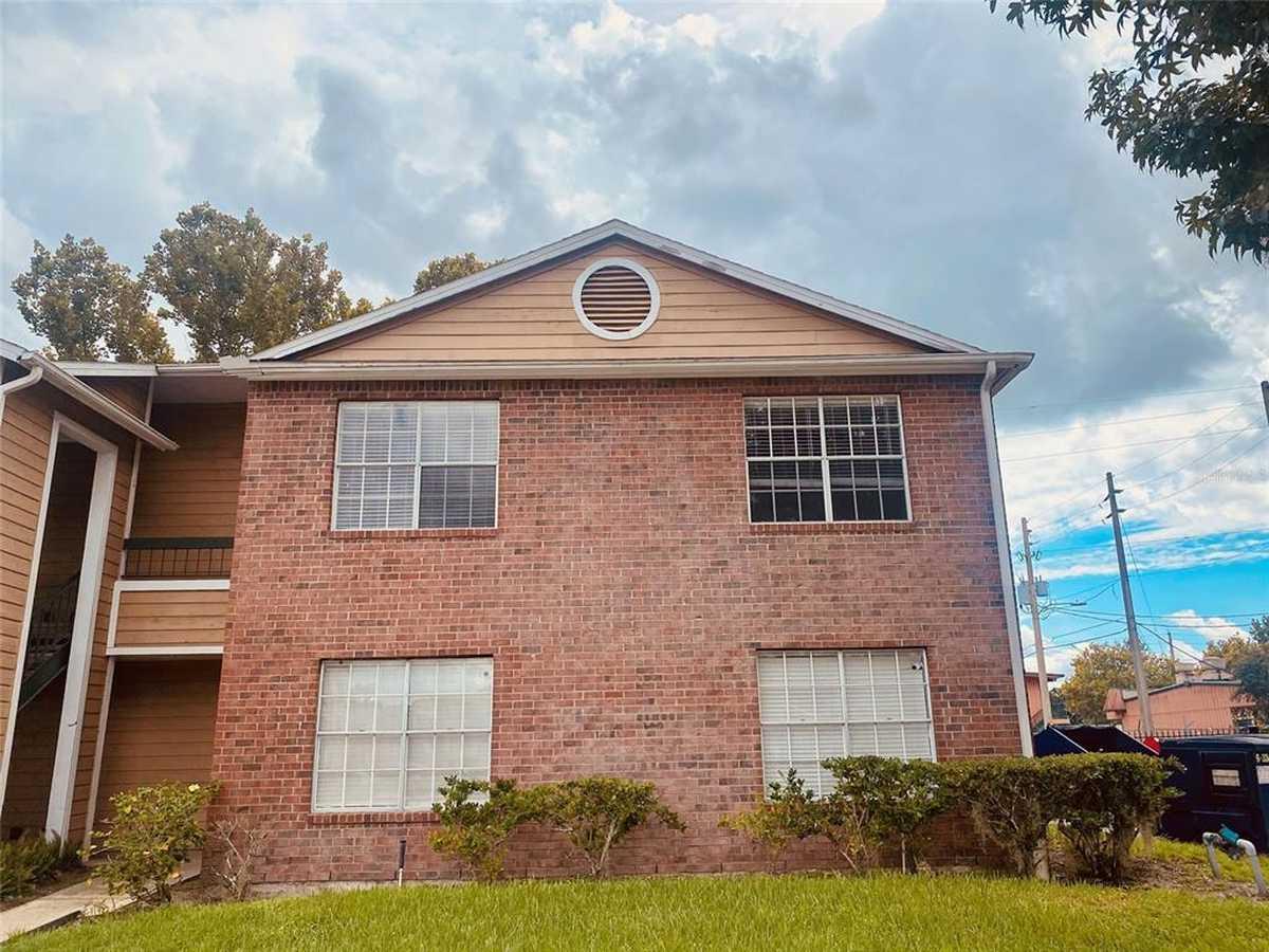 $145,000 - 3Br/2Ba -  for Sale in Regency Gardens, Orlando