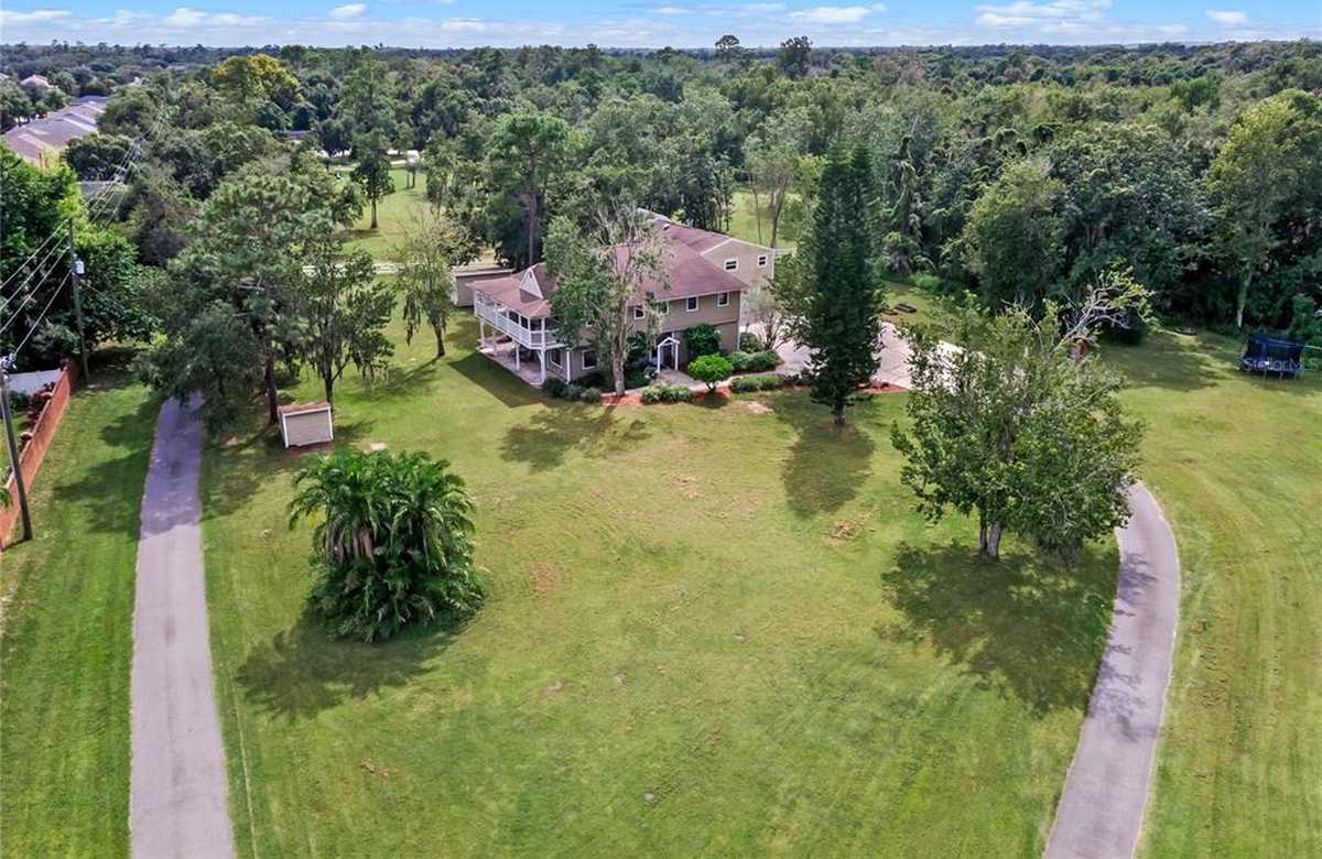 $725,000 - 7Br/5Ba -  for Sale in N/a, Oviedo