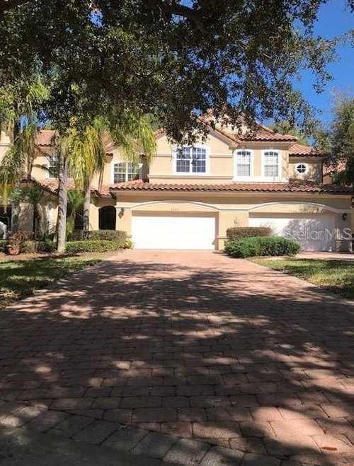 $550,000 - 4Br/4Ba -  for Sale in Vizcaya, Orlando