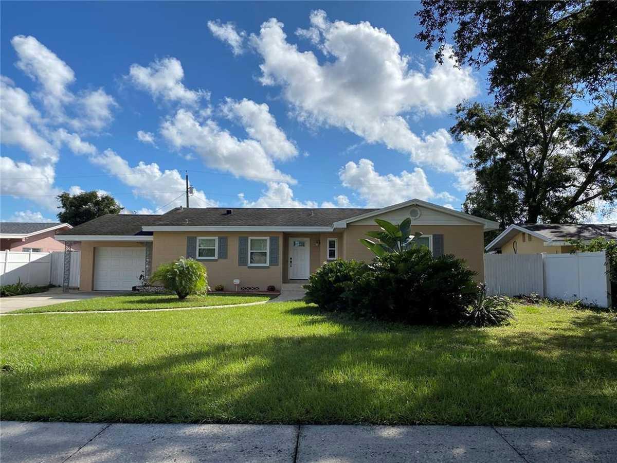 $320,000 - 3Br/2Ba -  for Sale in Tiffany Terrace, Orlando
