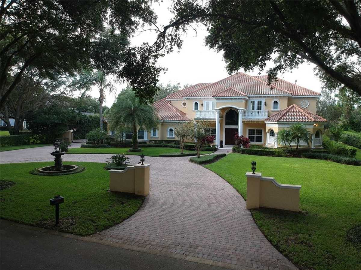 $1,800,000 - 5Br/7Ba -  for Sale in Waterford Pointe, Windermere