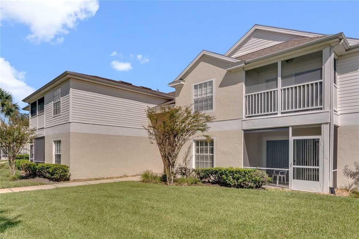 $199,999 - 3Br/2Ba -  for Sale in Oasis 02 Condo, Orlando
