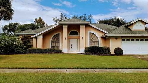 $450,000 - 4Br/3Ba -  for Sale in Kings Cove, Winter Park