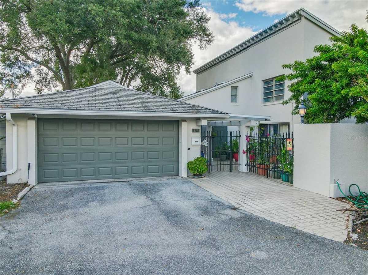 $249,900 - 3Br/3Ba -  for Sale in Cypress Creek Village Condo, Orlando