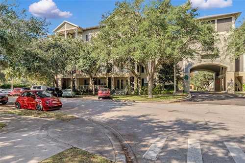 $575,000 - 3Br/3Ba -  for Sale in Carlyle Residence S Celebr Condo, Celebration