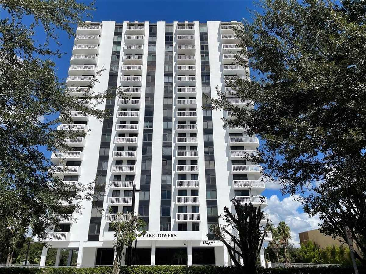 $295,000 - 1Br/1Ba -  for Sale in Park Lake Towers, Orlando