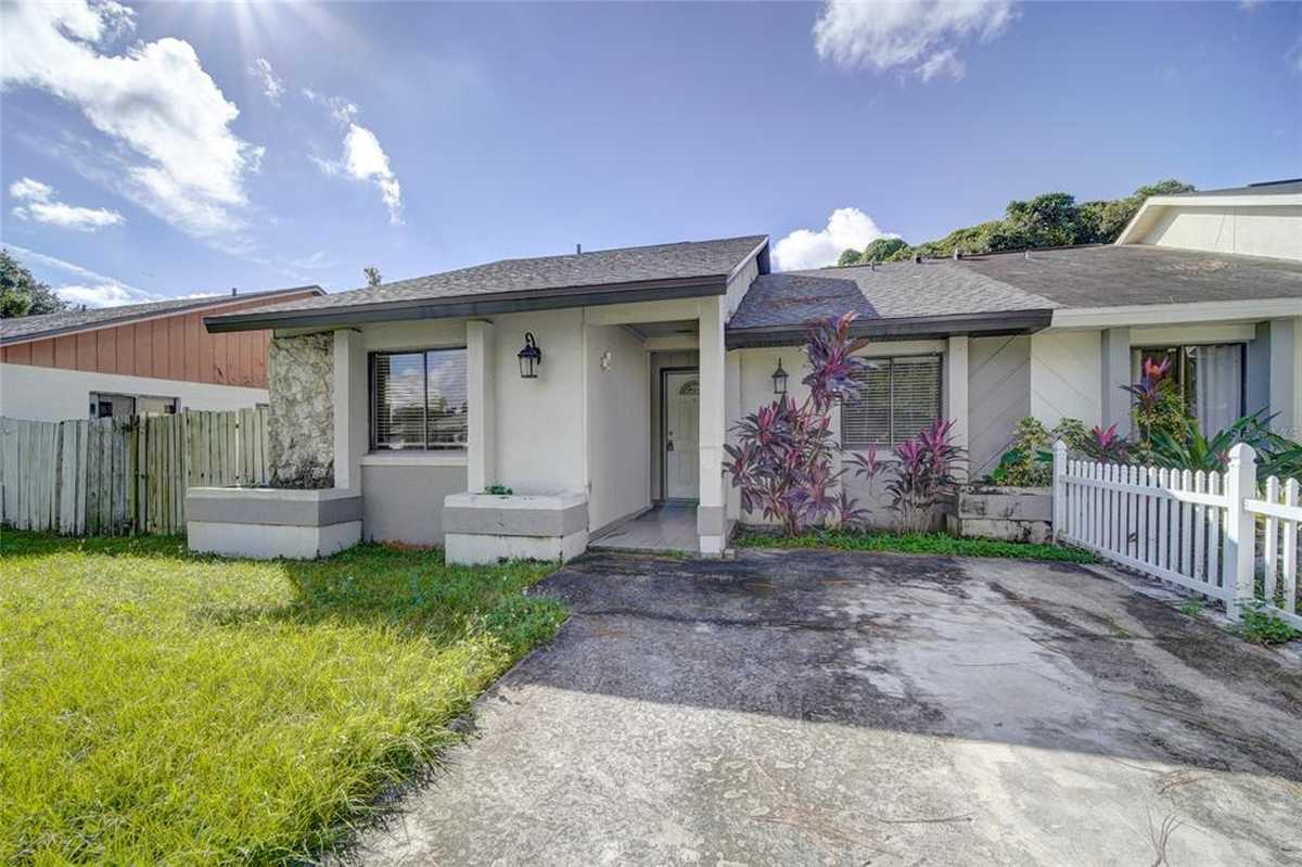 $230,000 - 3Br/2Ba -  for Sale in Countryside, Orlando