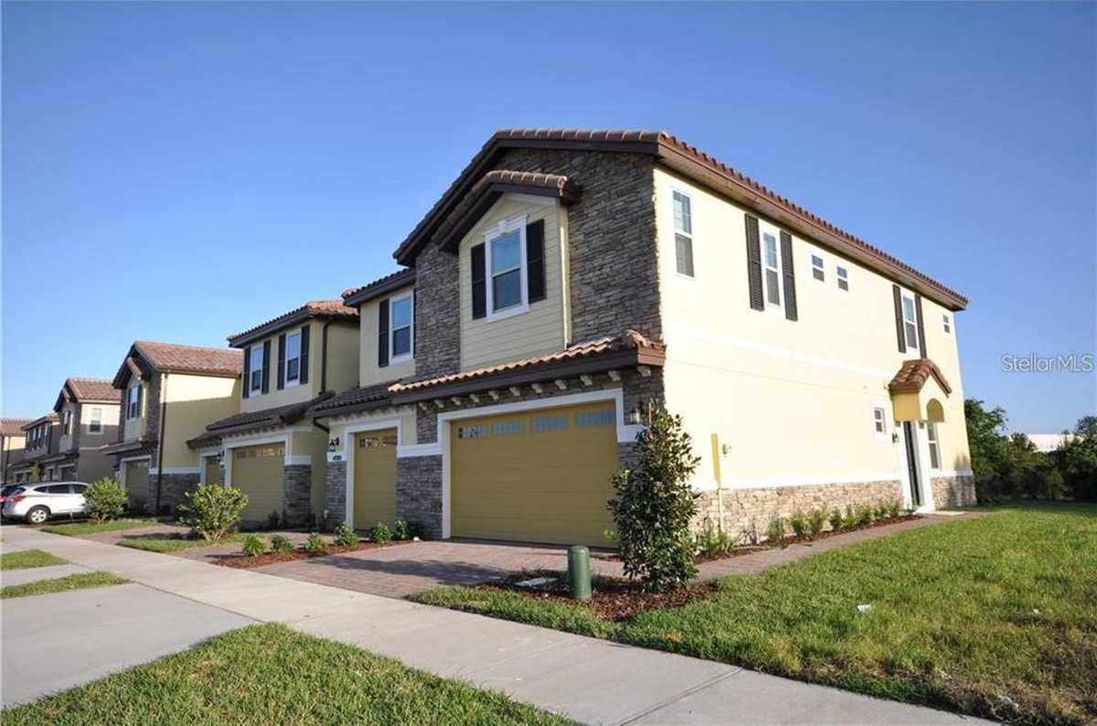 $370,000 - 3Br/3Ba -  for Sale in Eagle Crk Village L Ph 2, Orlando