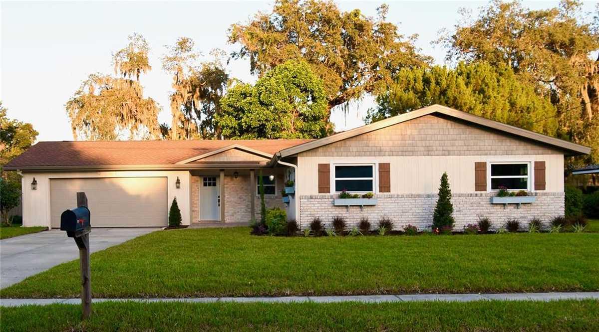 $619,000 - 4Br/4Ba -  for Sale in Wyldwood Manor, Orlando