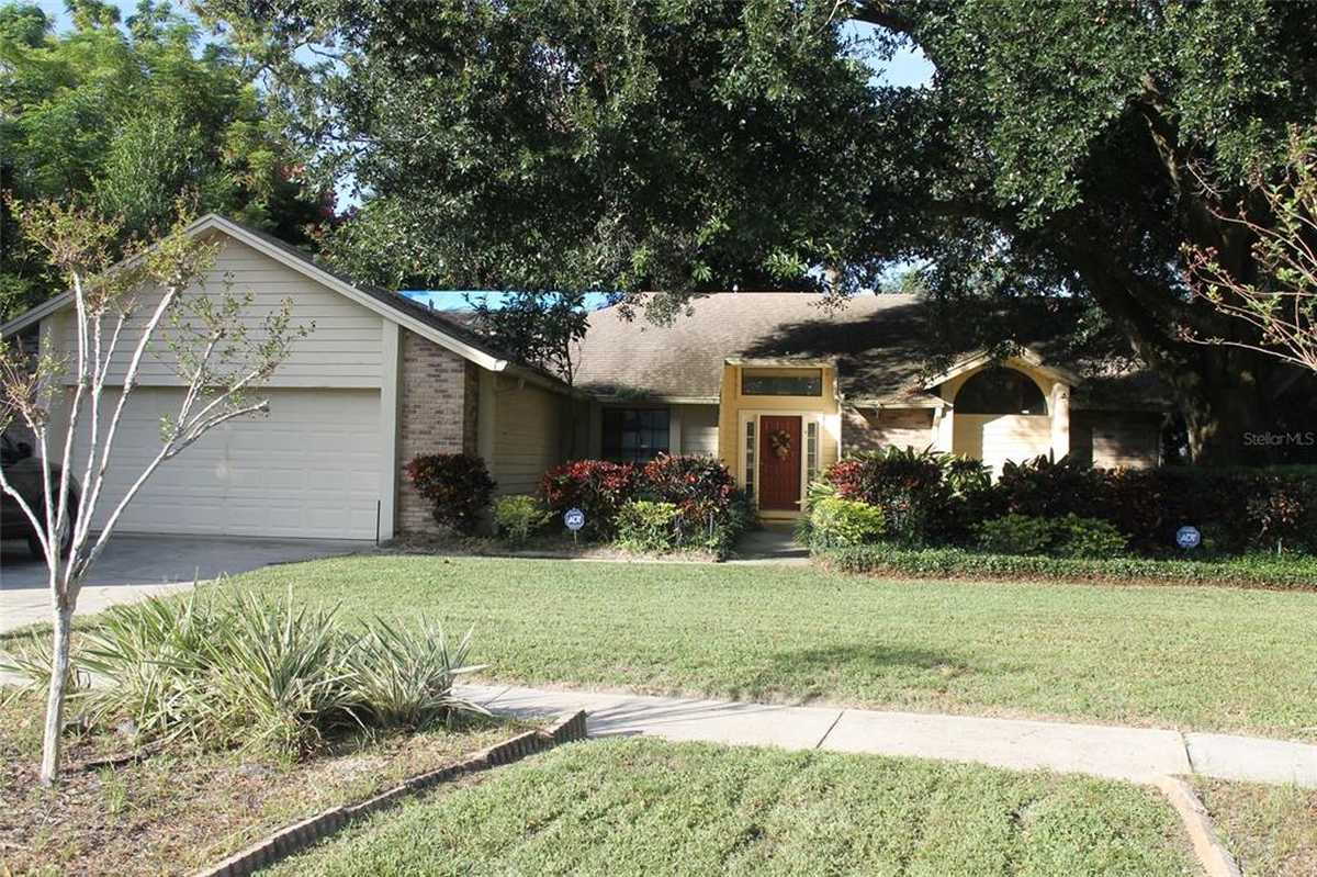 $324,900 - 4Br/2Ba -  for Sale in Lake Rose Pointe, Orlando