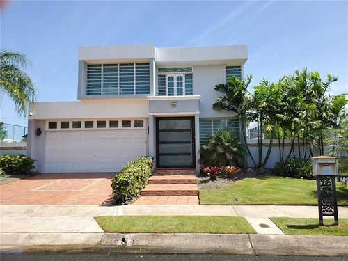 $575,000 - 4Br/3Ba -  for Sale in Paseo Real, Dorado
