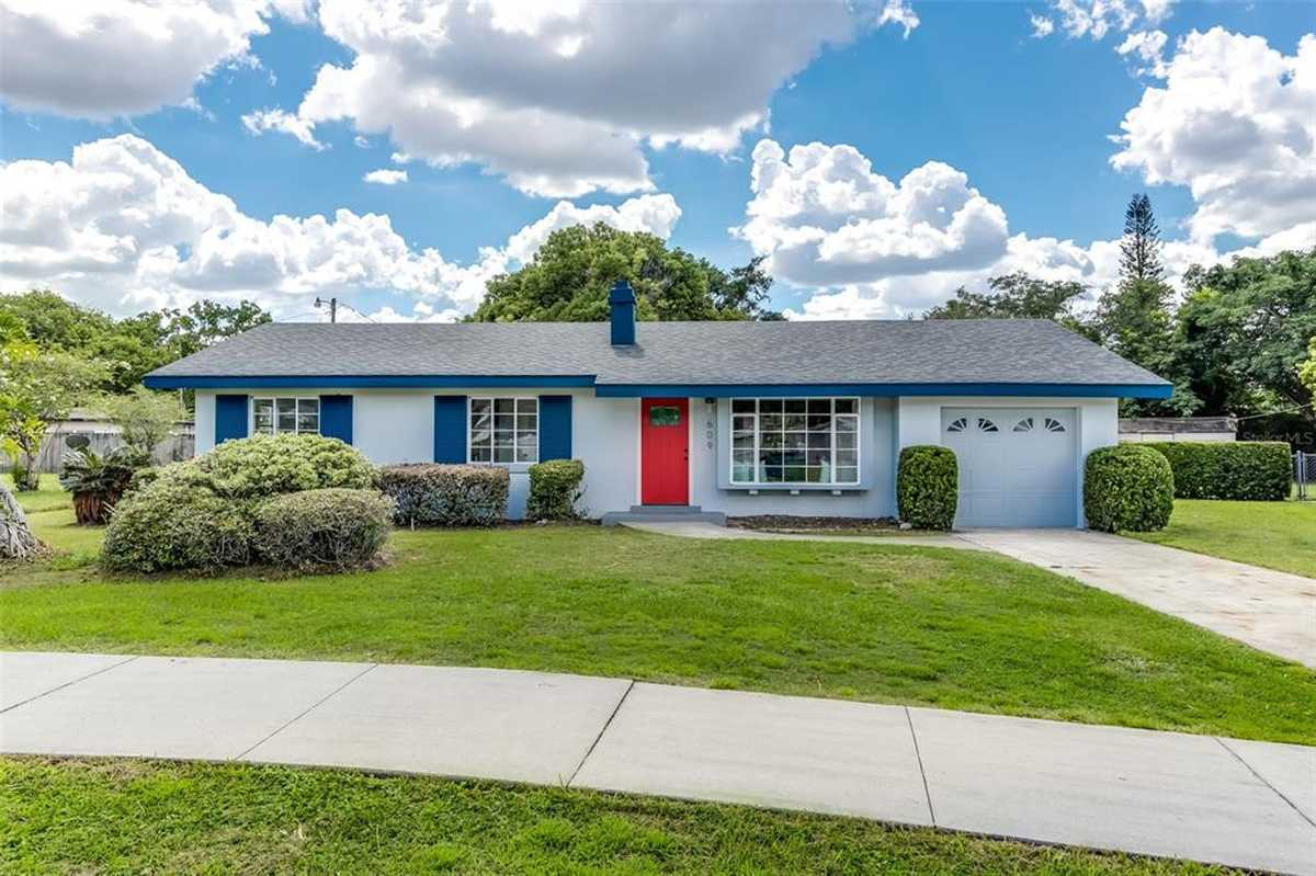 $414,900 - 4Br/2Ba -  for Sale in Winter Park Estates, Winter Park