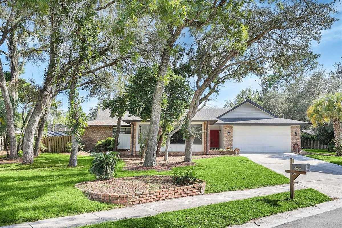 $619,000 - 4Br/3Ba -  for Sale in Sweetwater Oaks Sec 11, Longwood