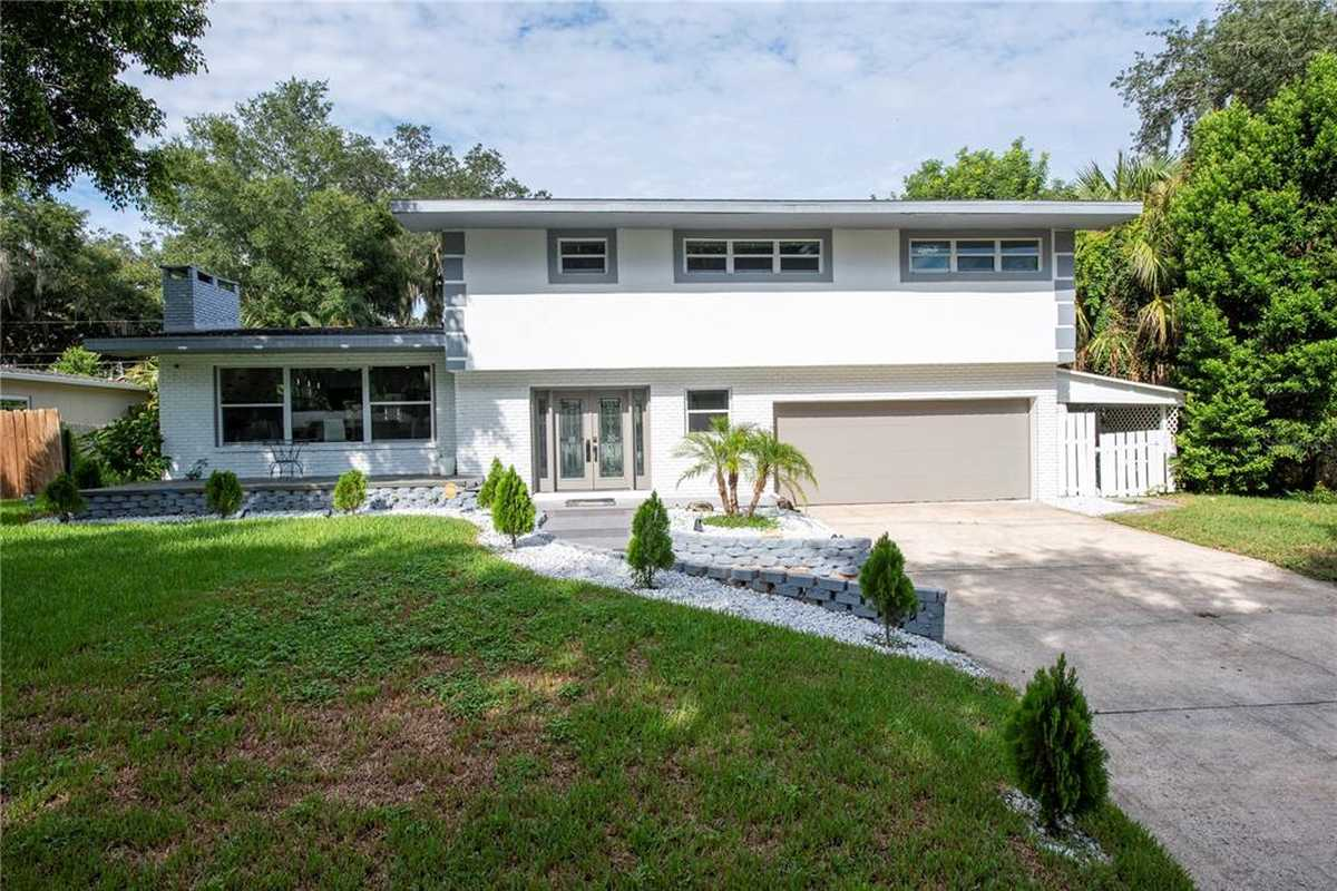 $790,000 - 3Br/3Ba -  for Sale in Lake Conway Estates, Belle Isle