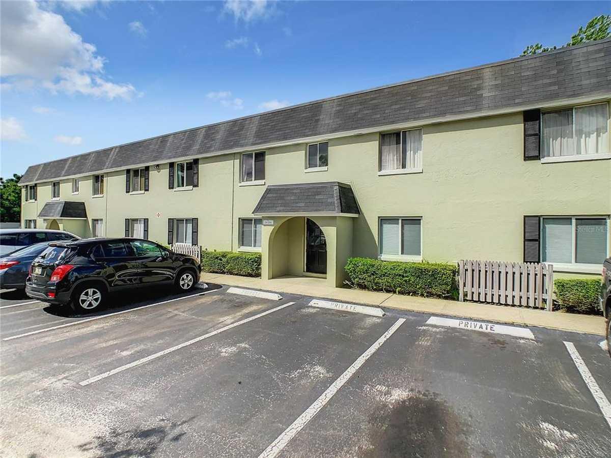 $140,000 - 2Br/1Ba -  for Sale in Villas Orlando Condo, Orlando