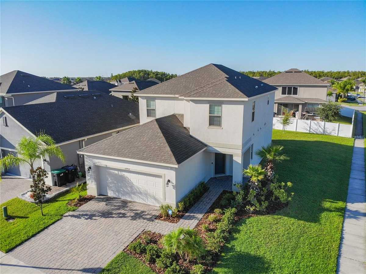 $438,900 - 4Br/4Ba -  for Sale in Woodland Park Ph 3, Orlando