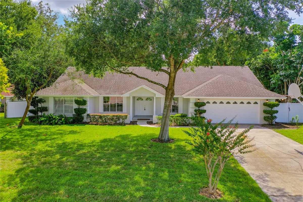 $555,000 - 4Br/2Ba -  for Sale in Hidden Spgs, Orlando