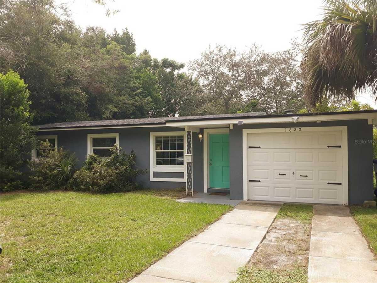 $350,000 - 3Br/2Ba -  for Sale in Corrine Terrace, Orlando