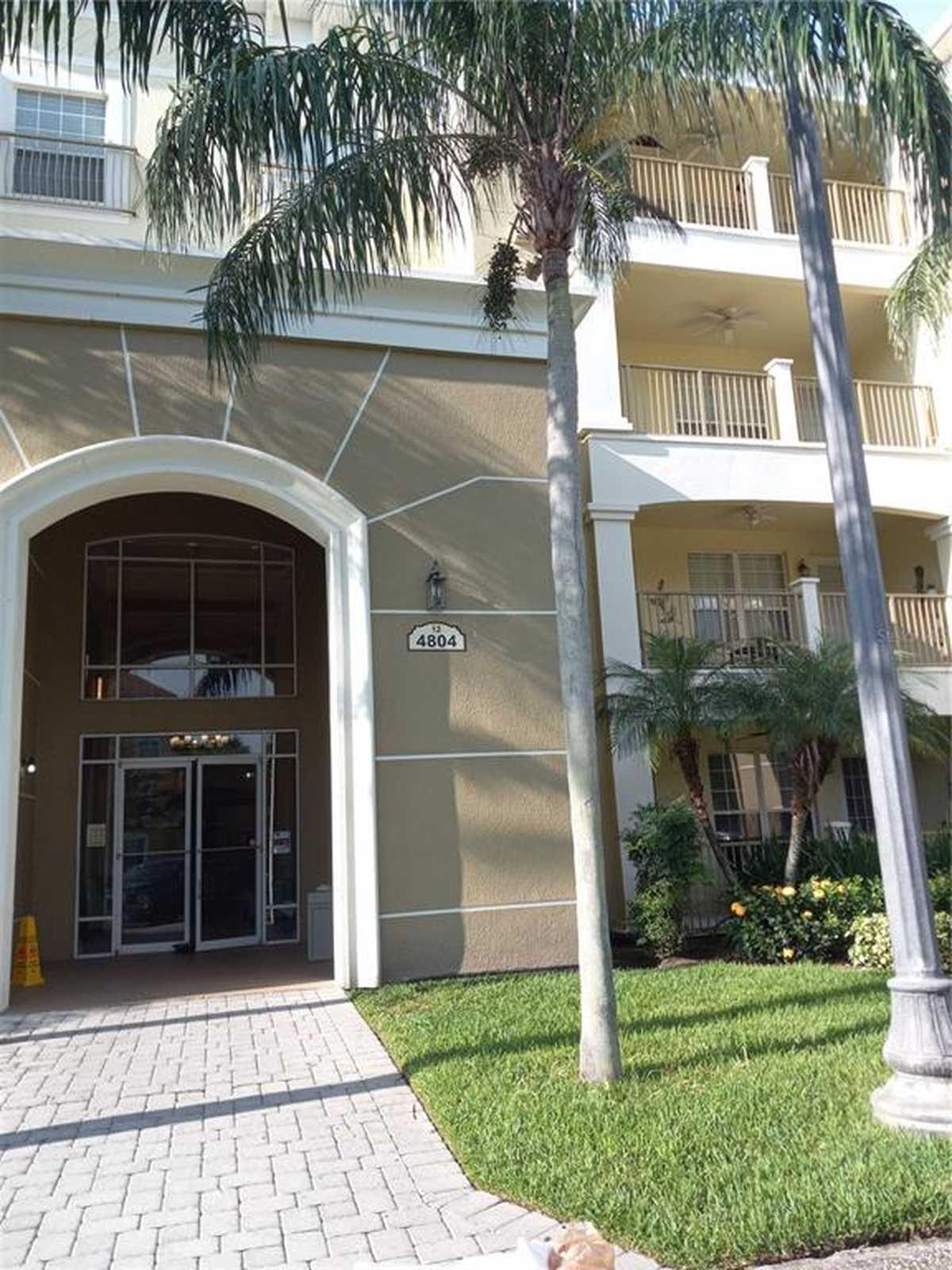 $415,000 - 3Br/2Ba -  for Sale in Vista Cay/harbor Square Ph 08, Orlando