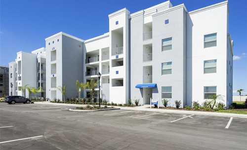$349,590 - 3Br/2Ba -  for Sale in Storey Lake Condo, Kissimmee