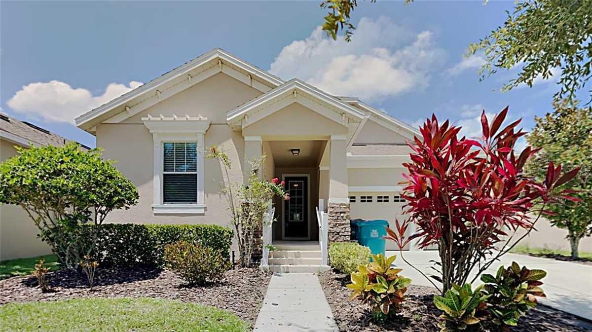 $469,900 - 4Br/3Ba -  for Sale in Waters Edge/lk Nona Un #1, Orlando