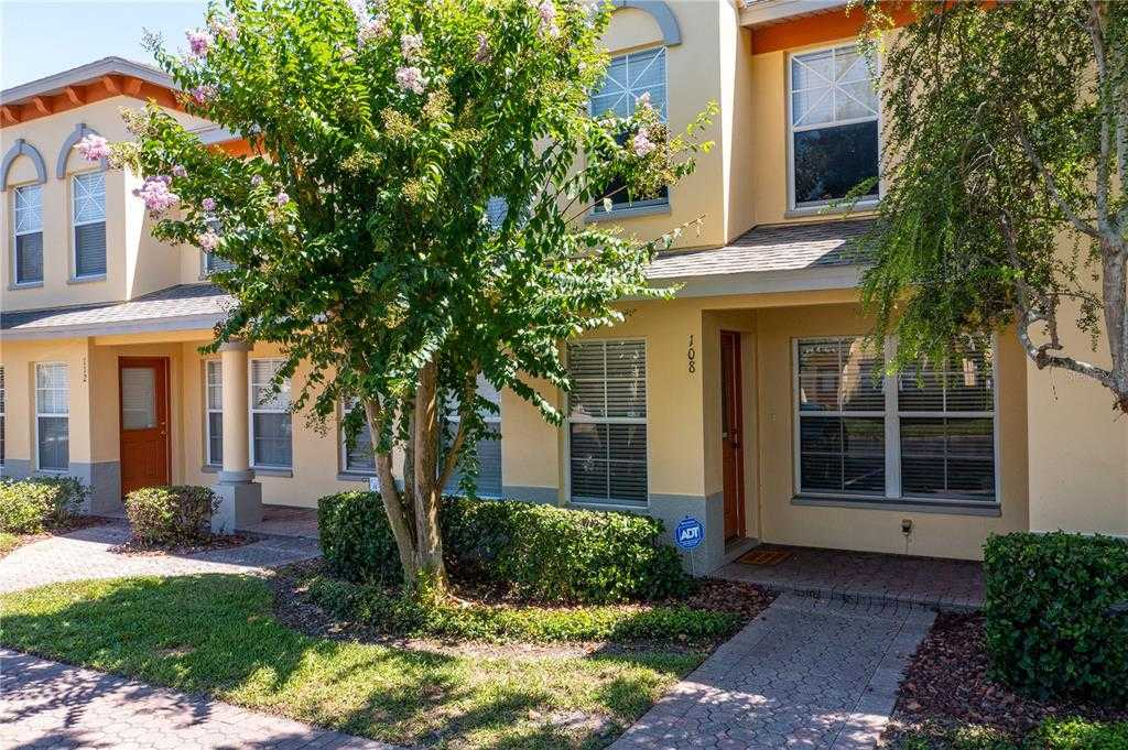 $220,000 - 2Br/3Ba -  for Sale in Coquina Key Townhomes, St Petersburg