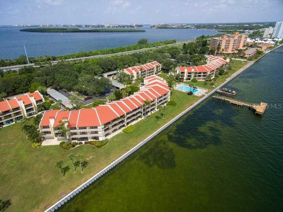 $335,000 - 2Br/3Ba -  for Sale in Seapointe Terrace Condo, St Petersburg