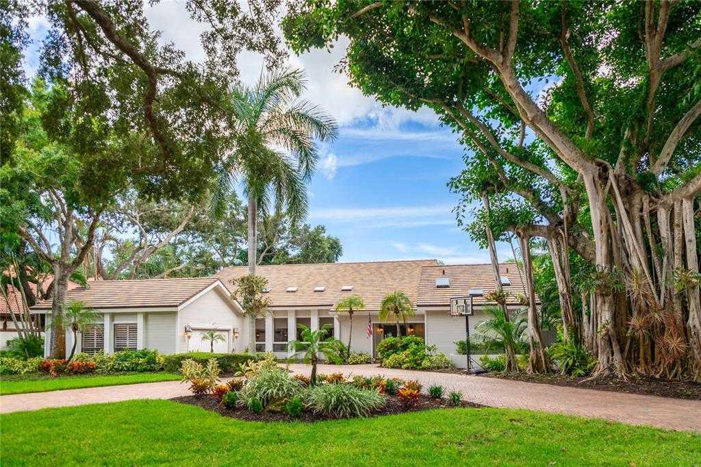 $1,100,000 - 3Br/3Ba -  for Sale in The Landings, Sarasota