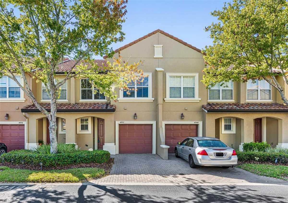 $317,900 - 3Br/3Ba -  for Sale in Millenium Parc B C D E & G, Orlando
