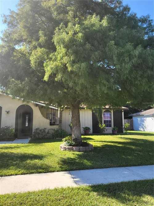 $265,000 - 3Br/2Ba -  for Sale in Brandon-valrico Hills Estates, Valrico