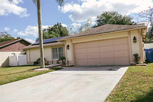 $320,000 - 3Br/2Ba -  for Sale in Highland Ridge Unit 1, Brandon