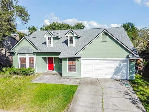 $475,000 - 4Br/3Ba -  for Sale in Eaglebrook, Tampa