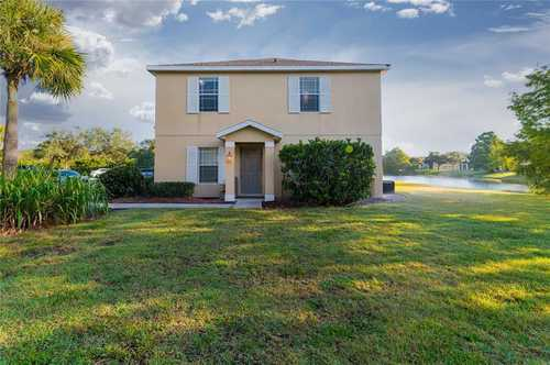 $259,990 - 3Br/3Ba -  for Sale in Greenbrook Walk Ph 1, Lakewood Ranch