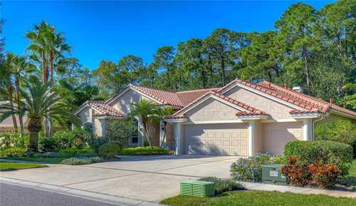 $935,000 - 4Br/3Ba -  for Sale in Westchase Sec 303, Tampa