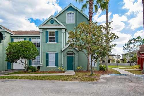 $249,000 - 2Br/2Ba -  for Sale in Lake Chase Condo, Tampa
