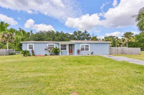 $324,990 - 5Br/2Ba -  for Sale in Speedway Park Unit 01, Tampa