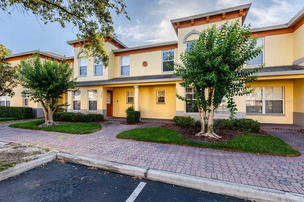 $225,000 - 2Br/3Ba -  for Sale in Coquina Key Twnhms, St Petersburg