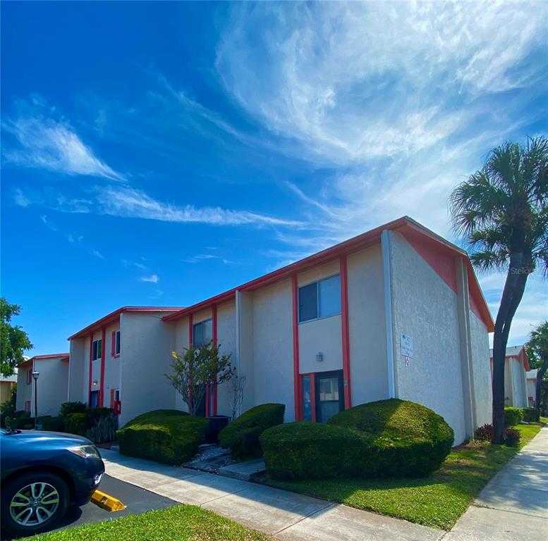 $214,000 - 3Br/3Ba -  for Sale in Whisper Wood Twnhms Condo, St Petersburg