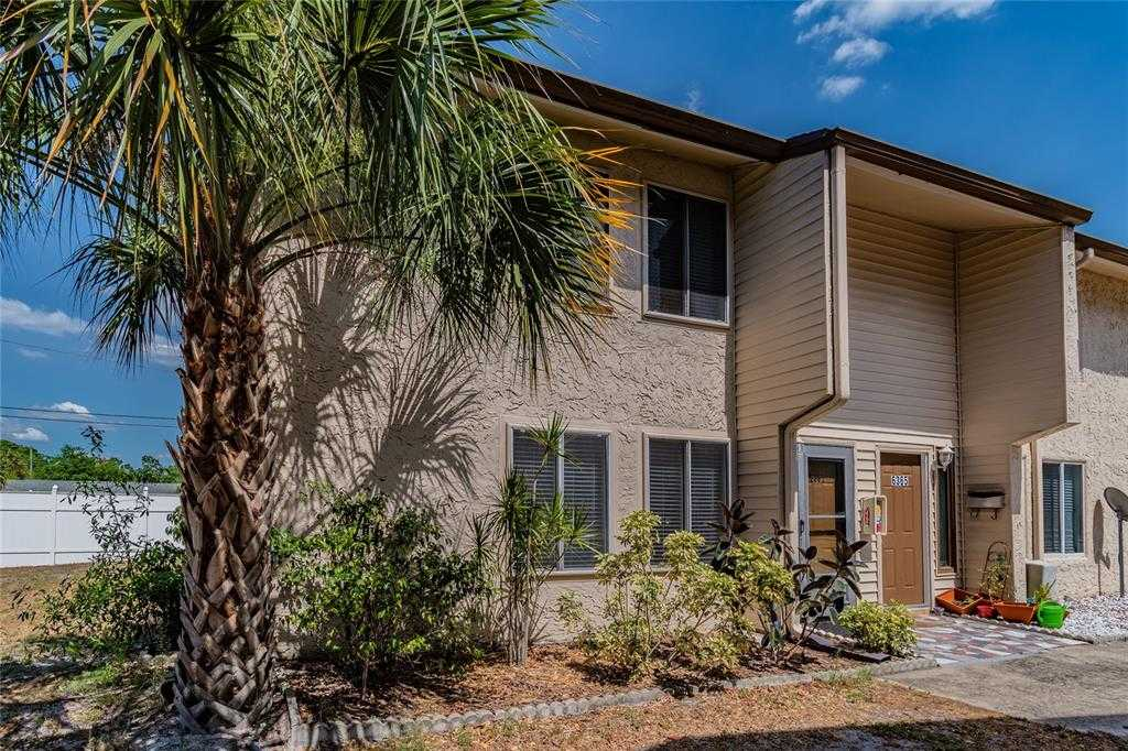 $175,000 - 3Br/3Ba -  for Sale in Barkwood Square Condo, St Petersburg