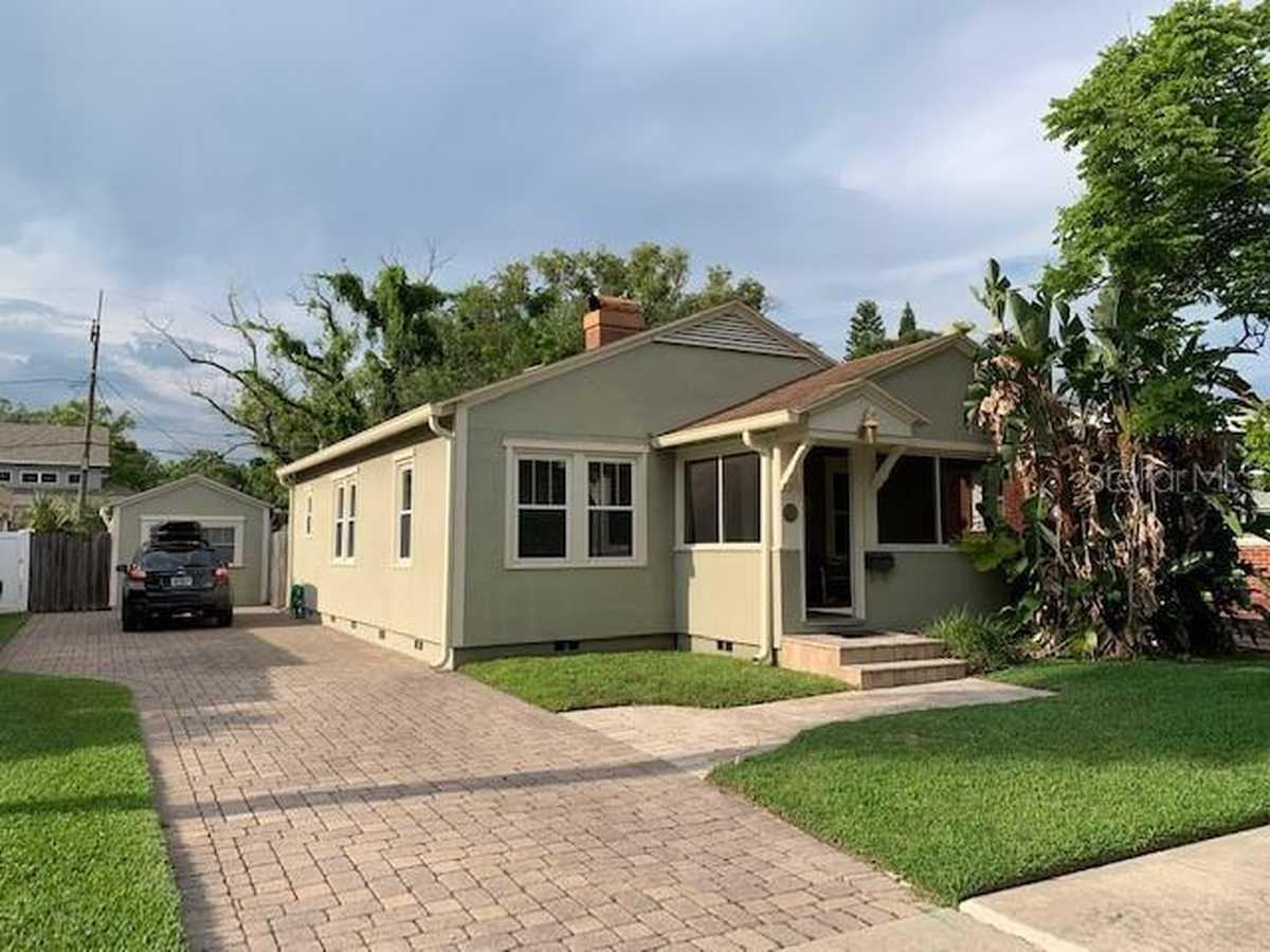 $359,900 - 2Br/1Ba -  for Sale in College Park Cc Sec, Orlando