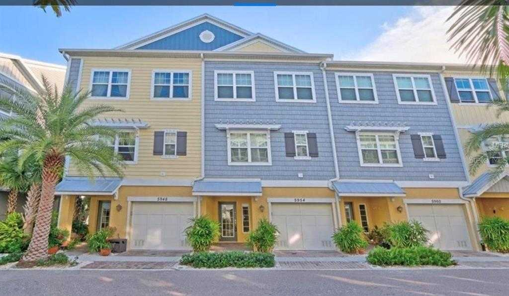 $535,000 - 3Br/3Ba -  for Sale in Cove At Loggerhead Marina, St Petersburg