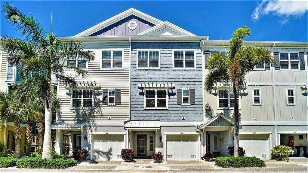 $575,000 - 3Br/3Ba -  for Sale in Cove At Loggerhead Marina, St Petersburg