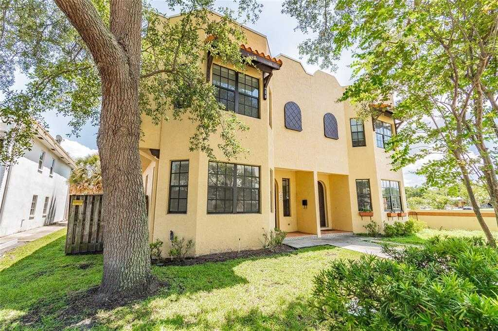 $548,500 - 3Br/3Ba -  for Sale in Coffee Pot Bayou Add Snell & Hamletts, St Petersburg