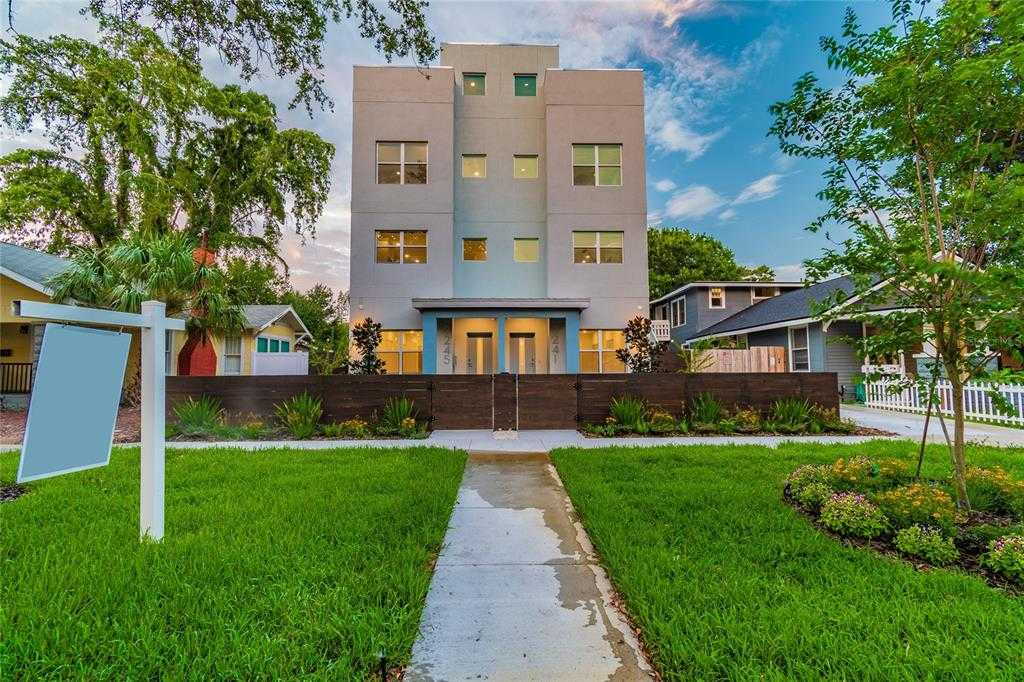 $899,900 - 3Br/3Ba -  for Sale in St Petersburg Investment Co Sub, St Petersburg