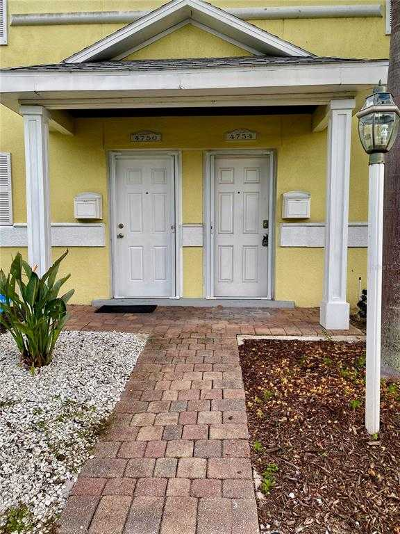 $397,400 - 2Br/3Ba -  for Sale in Waterside At Coquina Key South, St Petersburg