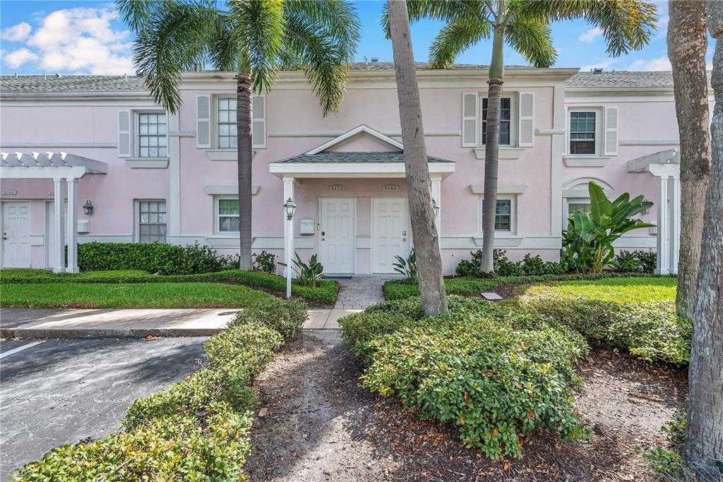 $650,000 - 3Br/3Ba -  for Sale in Waterside At Coquina Key South, St Petersburg